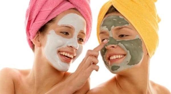 Kırışıklık gidermek için doğal yüz maskesi