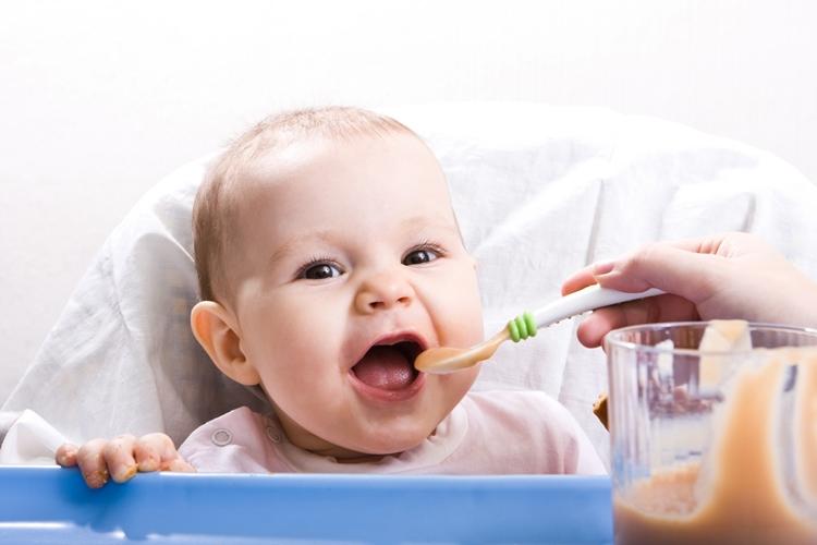 Bebeklerde Kusma Ne Zaman Tehlikeli