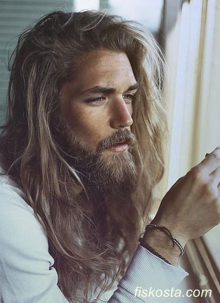 dalgalı uzun saç modelleri erkek
